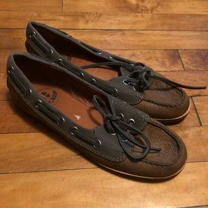 Women's Lucky Brand boat shoe